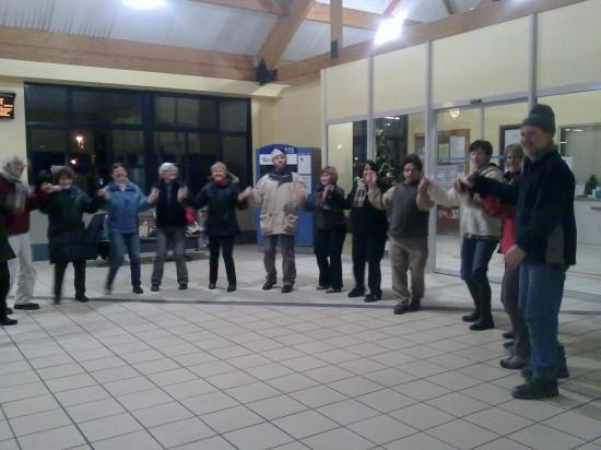 ATELIER DANSES GARE SNCF FAYET 6 15.12.2010